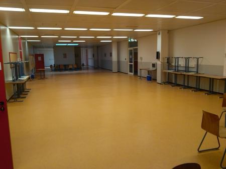 kleine Pausenhalle Schule